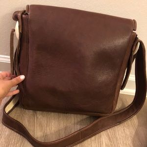 Bags - Brown leather satchel